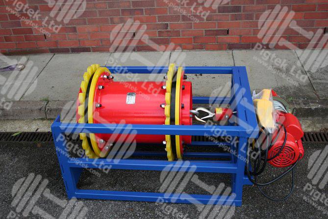 Pig loading trays and handling equipment pigtek