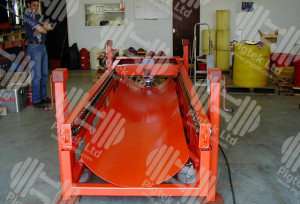 "Hydraulic Pig Loading Tray for pig diameters from 24"" to 32"""